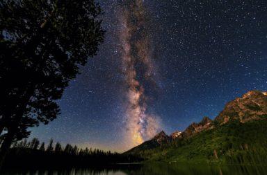 العنقود المجري Abell 1367 - أول سحابة غازية رصدت على الإطلاق أثارت دهشة العلماء - ما الذي يخفيه الفضاء بين المجرات في الكون؟