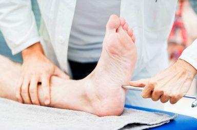 اعتلال الأعصاب السكري الأسباب والأعراض والتشخيص والعلاج علاج اعتلال الأعصاب السكري مستويات السكر في الدم العلاج الفيزيائي
