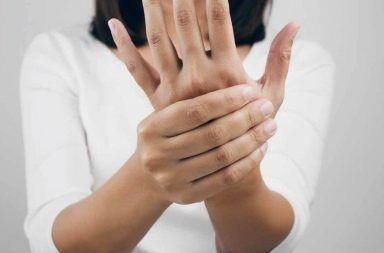 متلازمة غيلان باريه: الأسباب والاعراض والتشخيص والعلاج الجهاز العصبي الطرفي التهاب الأعصاب الحاد المزيل للنخاعين فيروس استجابة مناعية