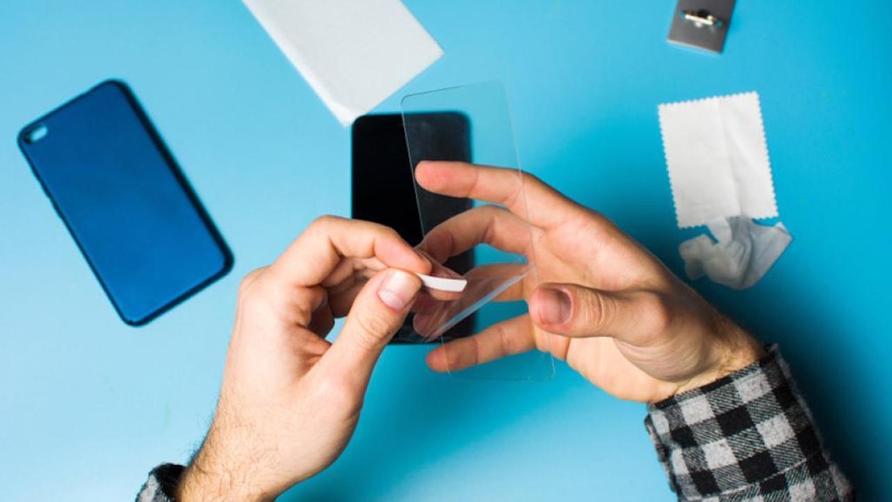 كيف تحمي لصاقات الحماية الشاشة من الضرر؟