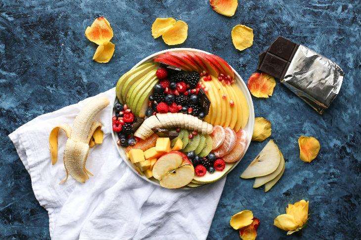 حمية الفاكهة: مضارها ومخاطرها
