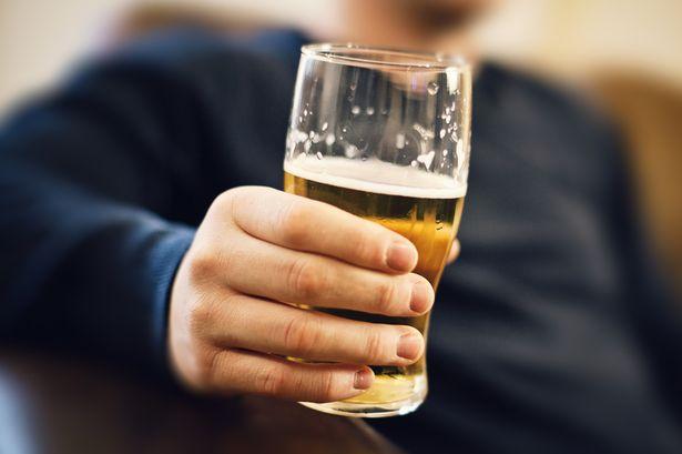 يجب أن يقلع الآباء عن شرب الكحول قبل ستة أشهر من بدء الحمل