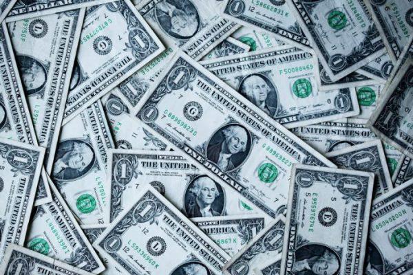 لماذا لا تطبع الدول الفقيرة النقود لتصبح غنية؟