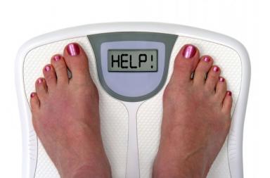 نقص الوزن غير المبرر: الأسباب والعلاج - فقدان العضلات أو ضمورها - فرط نشاط الغدة الدرقية - حرق السعرات الحرارية - اضطرابات في النوم