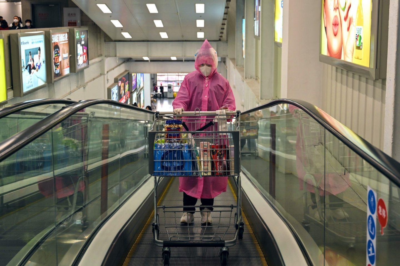 لماذا أصابنا هلع التسوق وما الذي علينا فعله؟ علم النفس يجيب