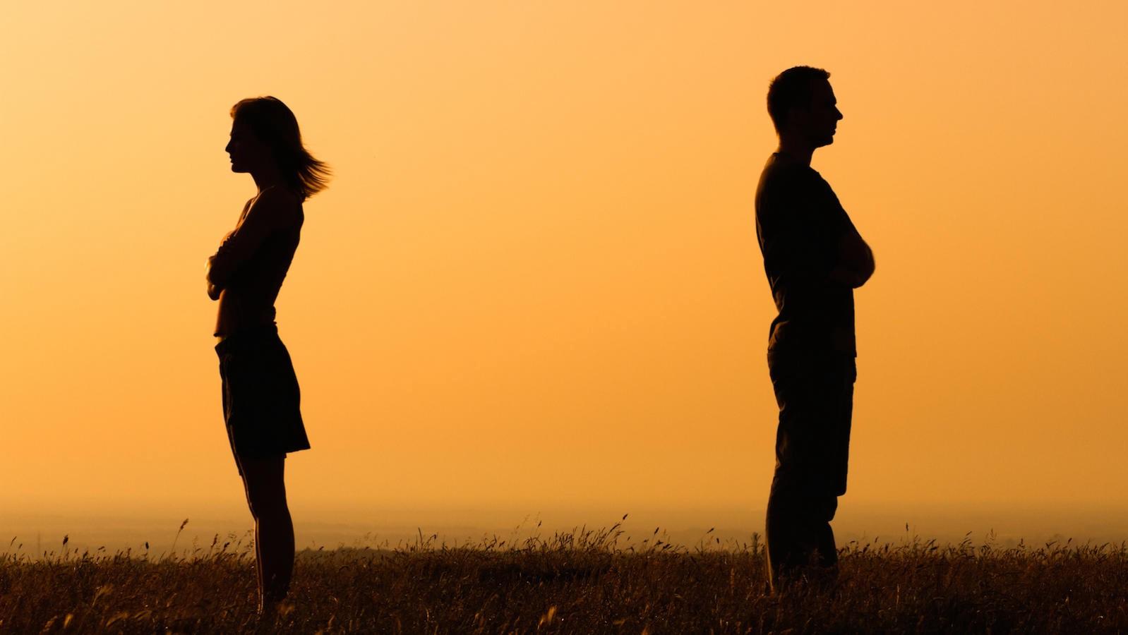 هل المسامح كريم دومًا؟ عشرة أسباب تدفعك لعدم المسامحة والنسيان - هل من الجيد دوما أن تغفر أخطاء الآخرين - هل يجب عليك مسامحة من أساء إليك؟ - الغفران