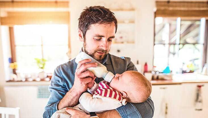 إدارة الغذاء والدواء تحذر من حليب الرضع المحضر منزليًا