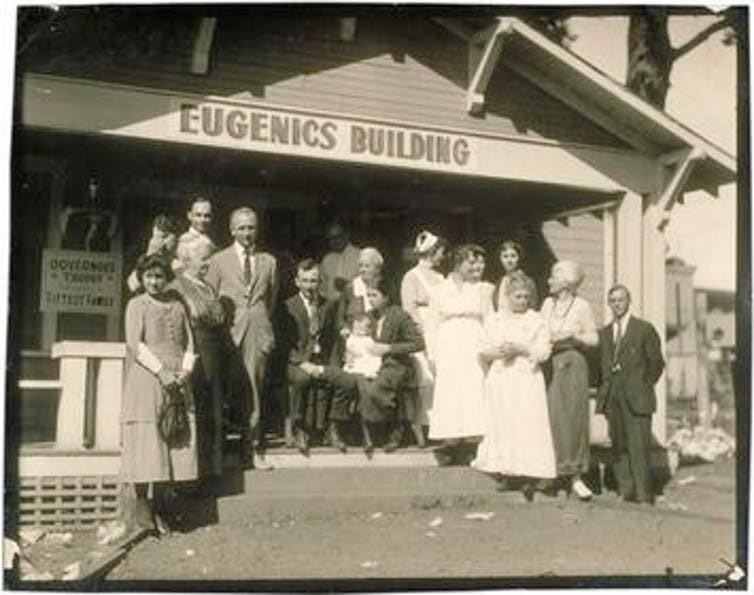 الفائزون في مسابقة (الأسرة الأصلح) في توبيكا، كانساس