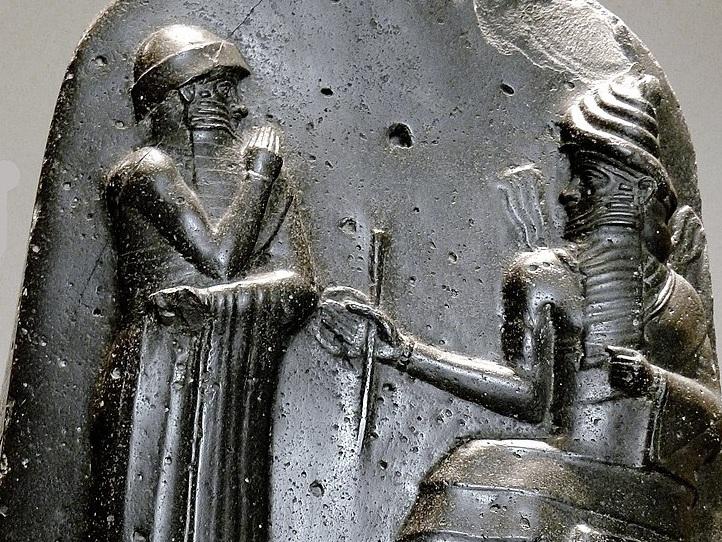 شريعة حمورابي وقوانين بابل القديمة - أقدم الشرائع القانونية المكتوبة وأكثرها اكتمالًا - بلاد ما بين النهرين - حمورابي الملك السادس لبابل