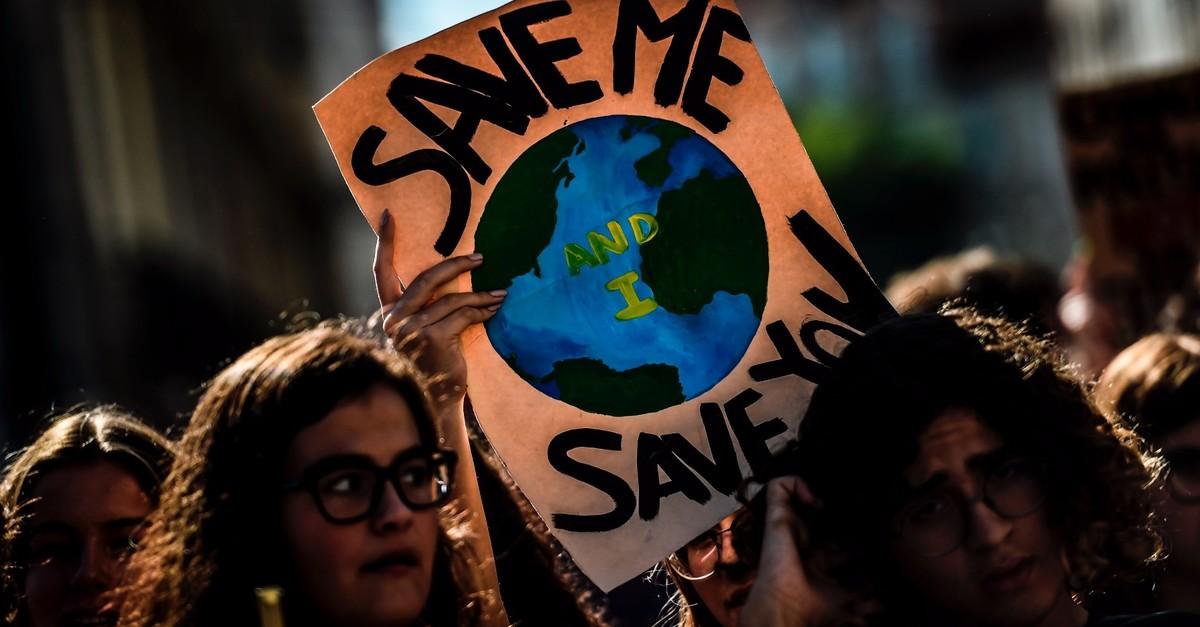 تأكد الأمم المتحدة على ضرورة مكافحة التغير المناخي على اعتباره كارثة مثل جائحة كورونا - حربنا ضد فيروس كورونا الجديد - الأرصاد الجوية