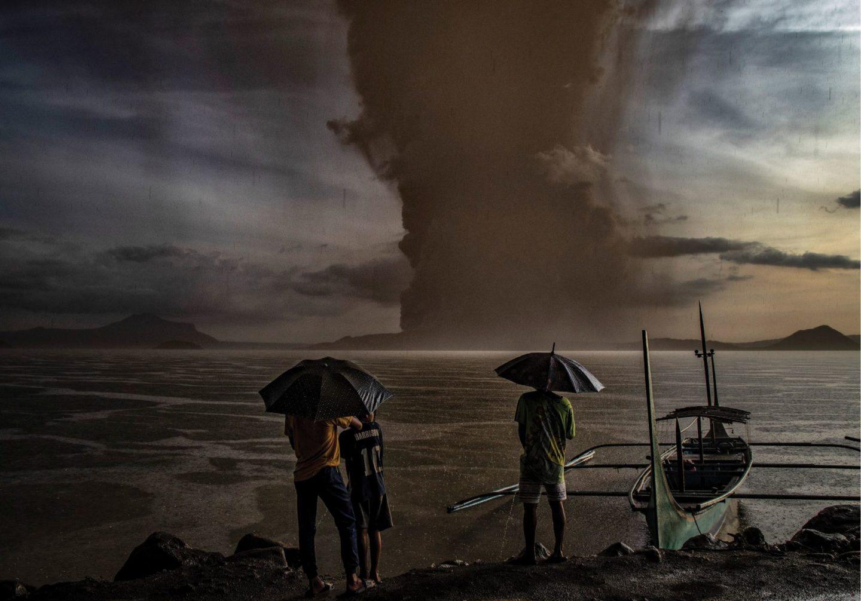 ثلاث عشرة طريقة أظهرت بها الأرض غضبها في عام 2020 - وكأن الوباء لم يكن كافيًا