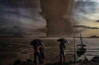 ثلاث عشرة طريقة أظهرت بها الأرض غضبها في عام 2020 - وكأن الوباء لم يكن كافيًا - الكوراث الطبيعية والبيئية التي ضربت الأرض عام 2020