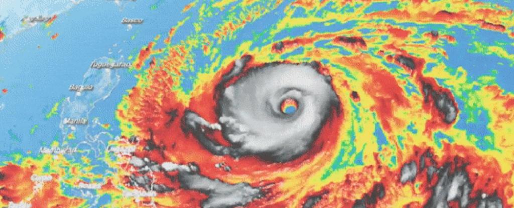عاصفة أقوى بكثير من العاصفة فلورنس تحدث الآن، ويجب علينا الحذر