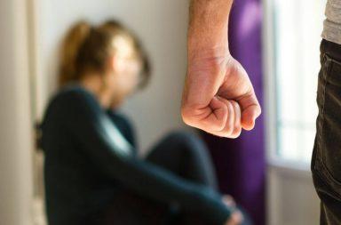 خمس نصائح لتجنب العنف المنزلي في أثناء الحجر - التقليل من التعرض للعنف والأذى أو تجنبه - أنماط معينة من الظروف يبدأ في أثنائها العنف وترتفع نسبه