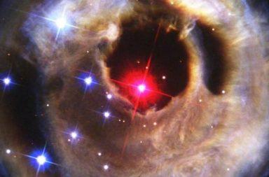 تمكن علماء الفلك من رصد نظام نجمي ثنائي على وشك الانفجار الخبر السار أنك قد تتمكن من مشاهدة هذا الحدث الفلكي الفريد - تلسكوب متوسط الحجم