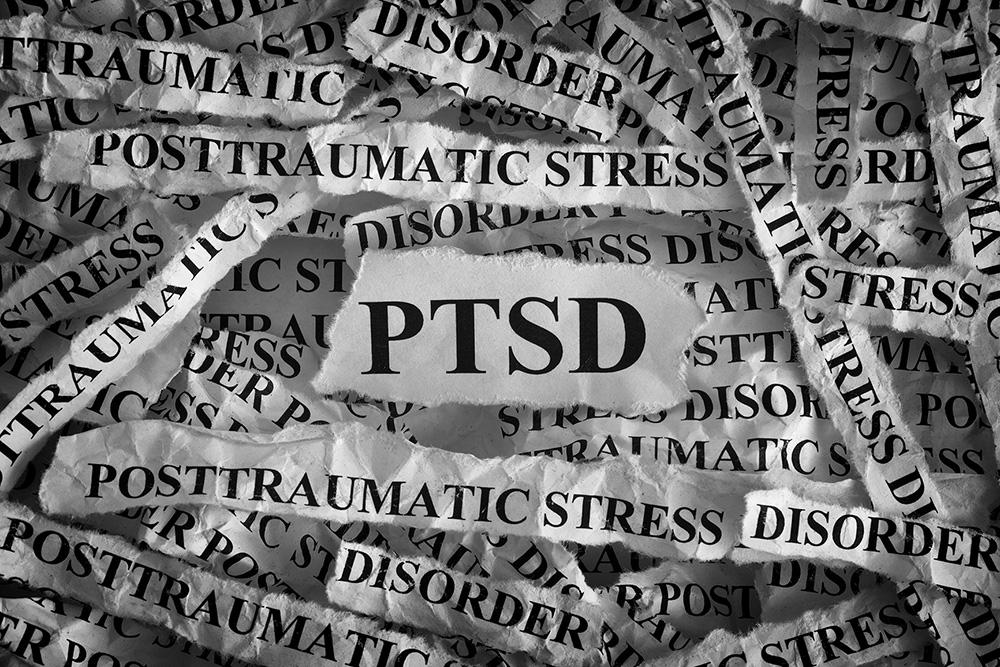 اضطراب ما بعد الصدمة: الأسباب، الأعراض، التشخيص، والعلاج