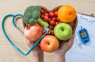 ما الفرق بين داء السكري من النمط الأول والنمط الثاني - فقدان الجسم قدرته على تخزين الغلوكوز - تجمع الغلوكوز في الدم - مضاعفات السكري