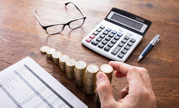شراء الأسهم بدلًا من السندات: الإيجابيات والسلبيات - بناء ملف استثماري مناسب لتحقيق عائدات أفضل على المدى الطويل - المخاطرة في شراء الأسهم