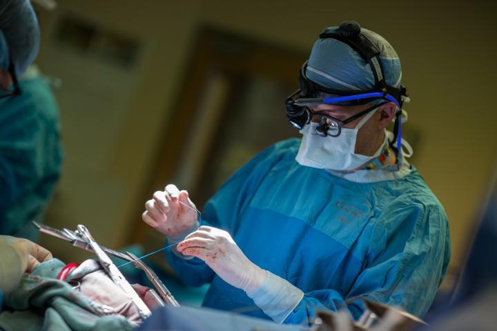 جراحة بسيطة تبعد خطر السكتة الدماغية عند مرضى اضطراب النظم القلبي