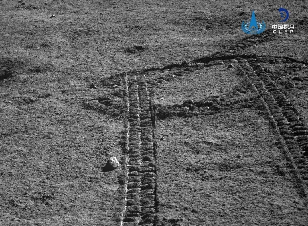 Yutu-2 تصور آثارها على تربة القمر