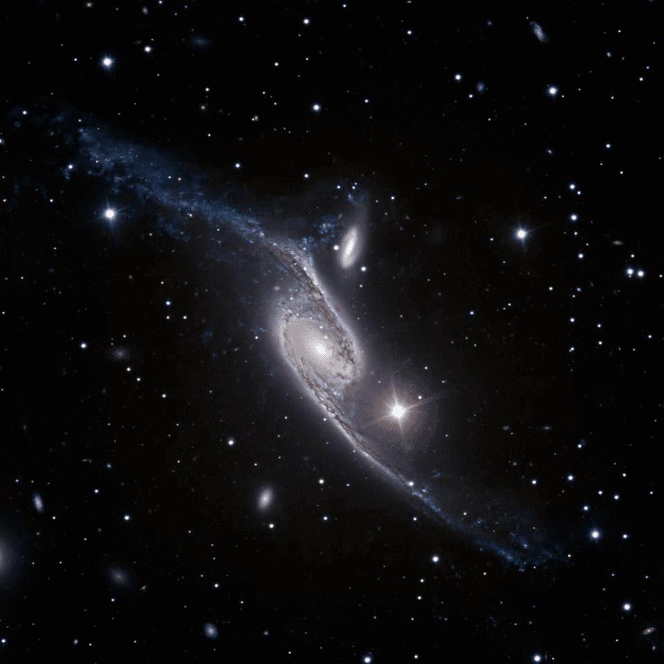 أكبر مجرة في الكون