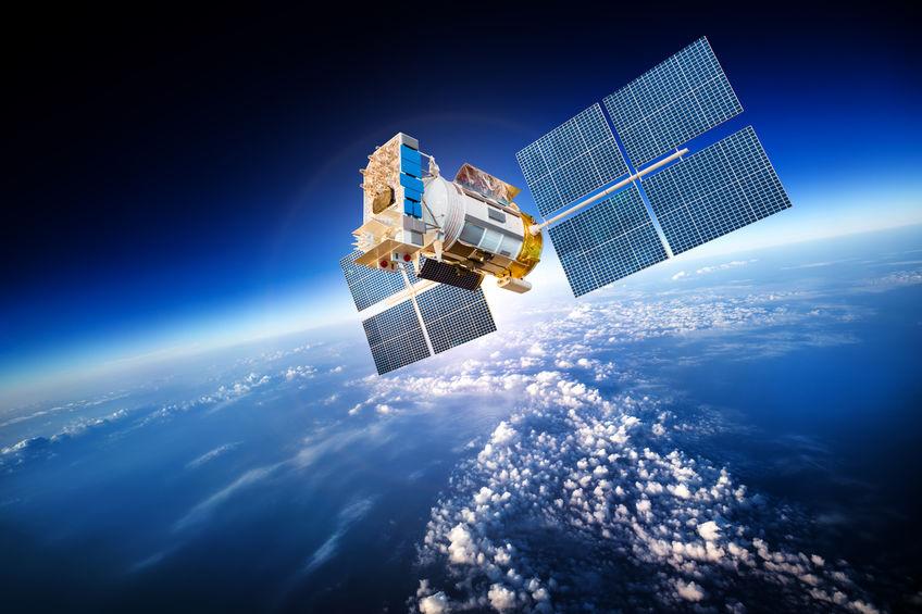 قد يتمكن القراصنة من تعطيل الأقمار الصناعية أو تحويلها إلى سلاح!