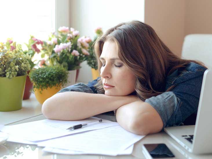 ما هي أسباب الشعور بالتعب و الإجهاد وما علاجه؟