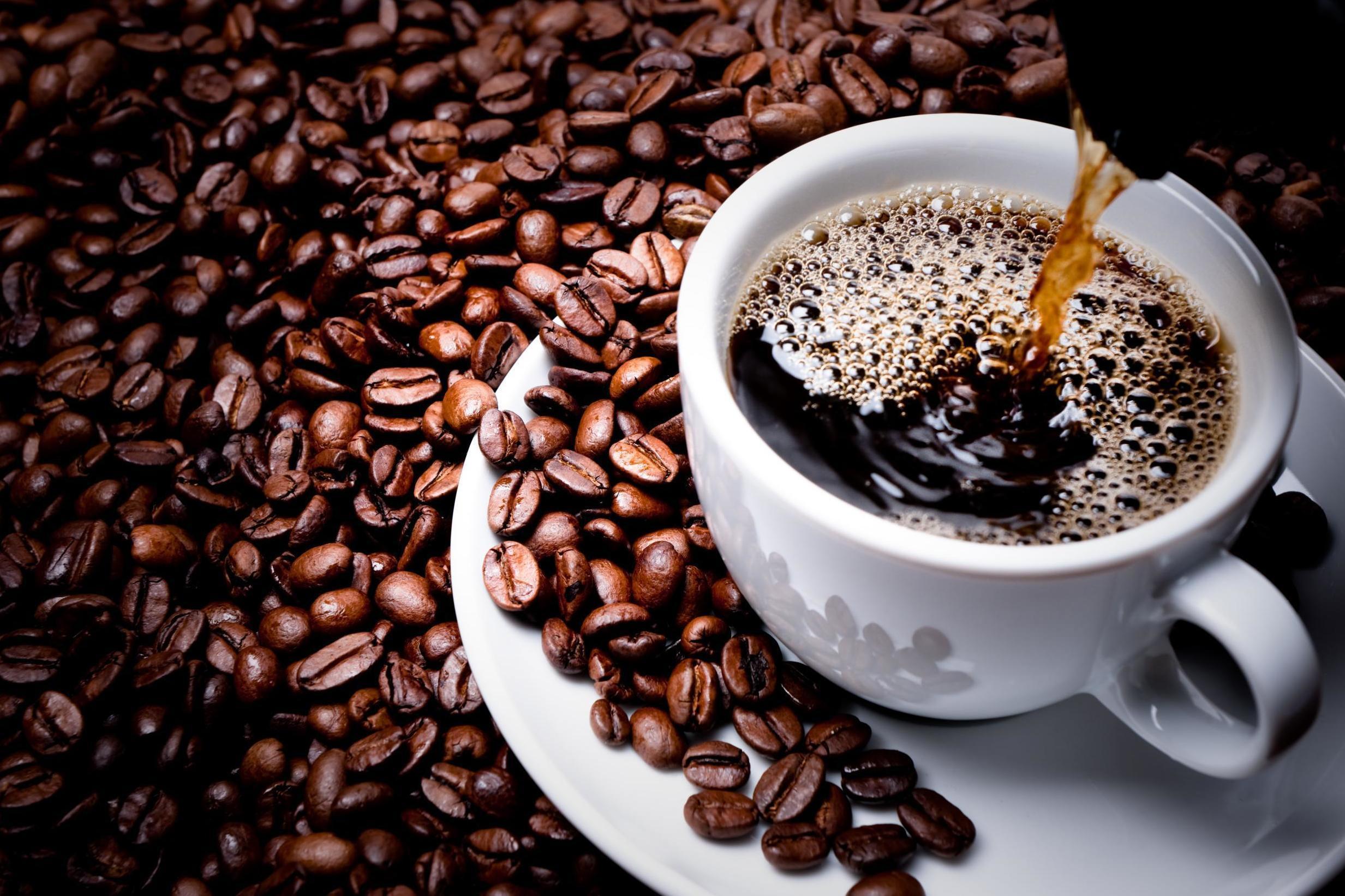 أخبار جيدة: القهوة قد تقلل انتشار سرطان القولون - كيف تساهم القهوة في التقليل من انتشار سرطان القولون - فوائد شرب القهوّة