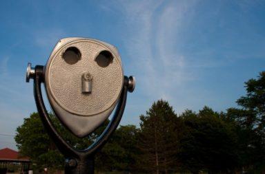 دراسة جديدة تشرح ظاهرة الباريدوليا - رؤية الوجوه في الغيوم أو على جدران المنزل أو في كوب القهوة - الحالة الإدراكية الغريبة لرؤية الوجوه في الأشياء