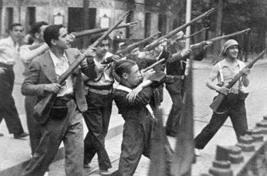 الحرب الأهلية الإسبانية - تمرد عسكري ضد الحكومة الجمهورية في إسبانيا مدعوم من الأحزاب المحافظة في البلاد - حرب أهلية دموية