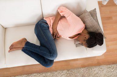 طرق تجنب في الأيام والأسابيع الأولى - ينتج الإجهاض عن خلل جينيّ لدى الجنين -يساعد أسلوب الحياة الصحي قبل فترة الحمل وضمنها على منع الإجهاض