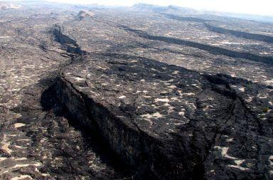 ما هو مصير قارة أفريقيا في المستقبل مصير القارة الأفيرقية في المستقبل صحراء عفار في إثيوبيا الصدع الذي سيتسبب بنشأة محيط جديد