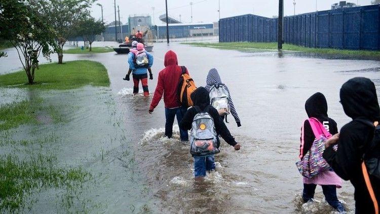 هل أدى التغير المناخي إلى إعصار هارفي؟