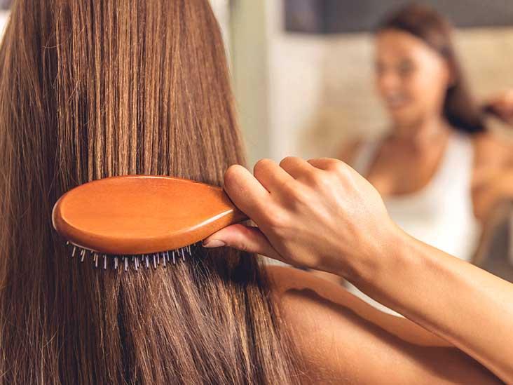 10 نصائح لإعادة نمو شعرك طبيعيًا