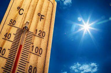 نصف الكرة الشمالي يسجل الصيف الأعلى حرارة الإدارة الوطنية للمحيطات والغلاف الجوي متوسط درجة حرارة سطح الأرض حرارة الصيف الجفاف