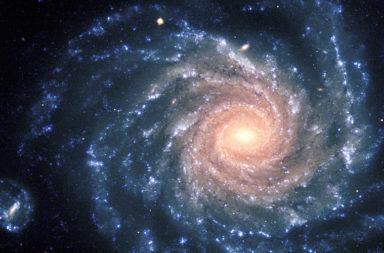 هل الكون مجرد كتلة غير منتظمة من الأجسام الفضائية أم أن هناك نوعًا من الترتيب المنسق والتشابه الذاتي في شكل أجزائه؟ الشبكة الكونية - الهندسة الكسرية
