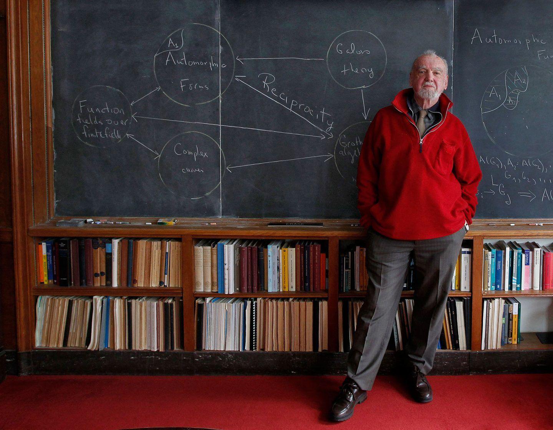 رؤيا رياضيّة تنجو من سلة المهملات لتحظى بجائزة أيبل في النظريّة الرياضيّة الموحّدة الكبرى