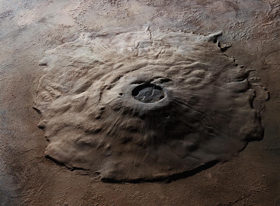 دليل على نشاط البراكين في كوكب المريخ يعزز صلاحيته للسكن