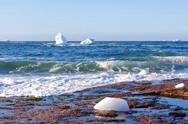 حقائق رائعة عن المحيط الأطلسي معلومات لم تسمع بها من قبل عن المحيط الأطلسي الأعاصير المحيطية الماء الشاطئ التيارات المحيطية