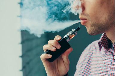 فوائد التدخين - التدخين قد يقي من بعض الأمراض لأسباب لم يتمكن العلم من تفسيرها بعد - يقلل تدخين التبغ من خطر البدانة - عملية استبدال مفصل الركبة