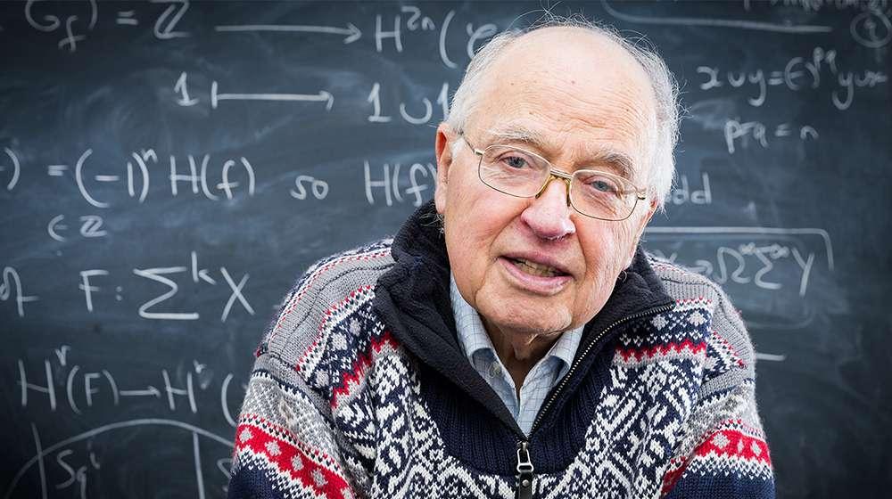عالم رياضيات مشهور يدعي بأنه حل فرضية ريمان التي طرحت منذ 160 سنة