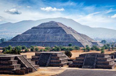 الأهرامات في أمريكا اللاتينية - الأهرامات التي بنتها حضارات مثل حضارات مثل الأولمك والمايا والأزتيك والإنكا - الأهرامات في أمريكا الجنوبية