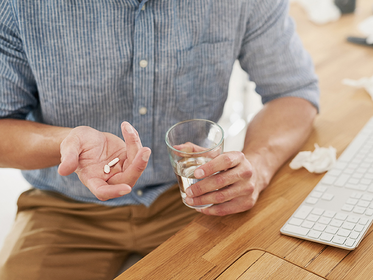كلاريثرومايسين: الاستخدامات والجرعات والتأثيرات الجانبية والتحذيرات - دواء لعلاج عدة أنواع من الالتهابات الجرثومية - مضاد حيوي