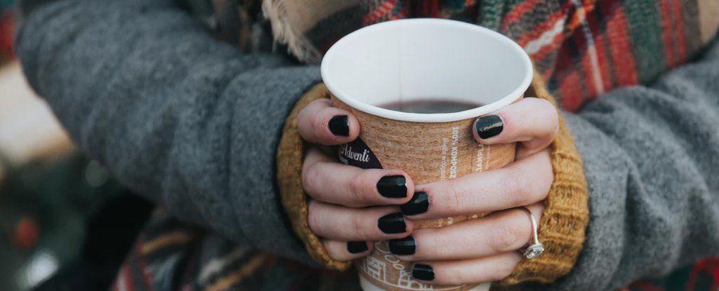 لماذا تشعر بالصداع إذا لم تتناول قهوتك اليومية؟
