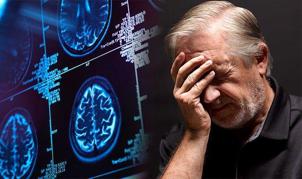 الخرف ومرض ألزهايمر وتأثير كل منهما على الدماغ والقدرات العقلية