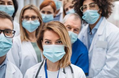 كيف يعزز الأطباء جهازهم المناعي - ما الذي يفعله الأطباء لتعزيز جهازهم المناعي - تقوية المناعة خلال فترة الإصابة بالكورونا - جهازك المناعي