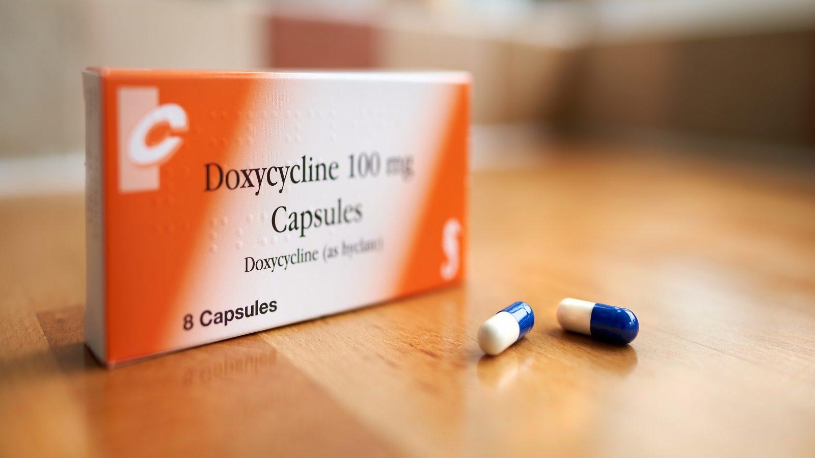 دواء دوكسيسايكلين: إرشادات الاستخدام والآثار الجانبية والتحذيرات - دواء لعلاج الاتهابات الجرثومية - مضاد حيوي يطرد الجراثيم