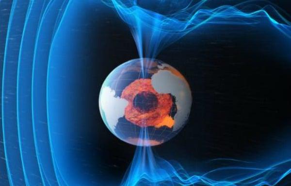 المجال المغناطيسي للأرض يضعف 10 مرات أسرع مما كان يُعتقد