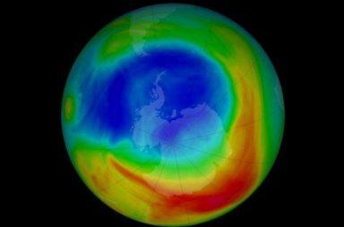 أخبار جيدة بشأن ثقب الأوزون - هل من الصحيح أن طبقة الأوزون تصغر - كيف تؤثر الغازات الدفيئة على طبقات الجو عليا - الأشعة فوق البنفسجية