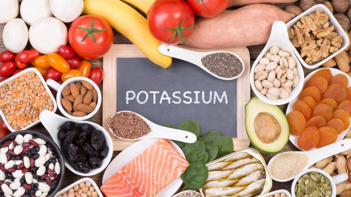 كل ما تحتاج إلى معرفته عن الأطعمة الغنية بالبوتاسيوم